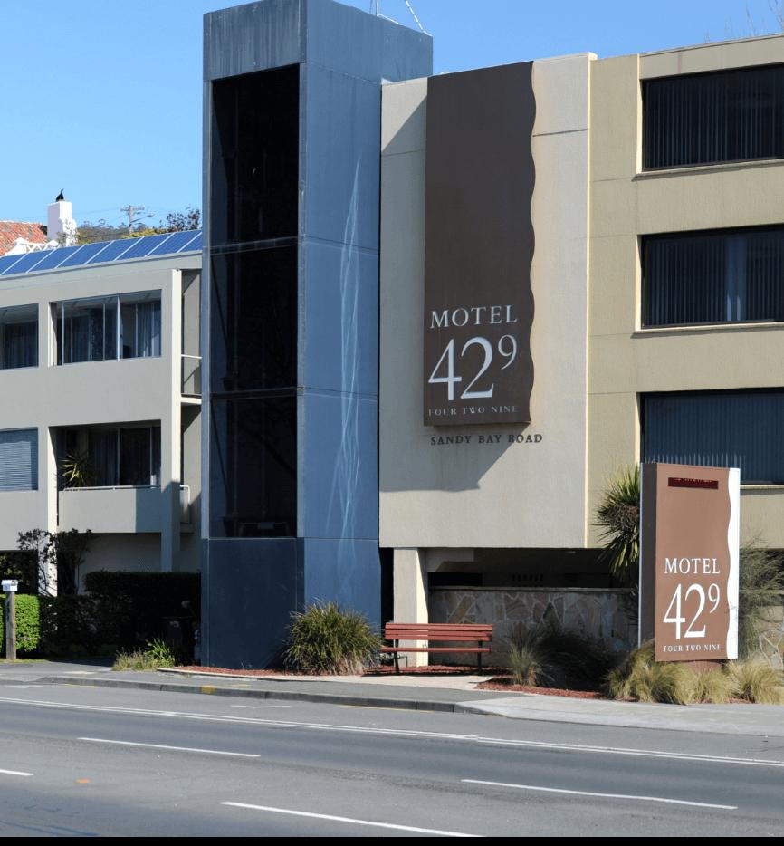 Accommodation Facilities & Services Sandy Bay, Hobart - Motel 429